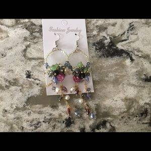 Jewelry - Pretty beaded earrings